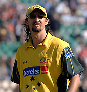 2005 Twenty/20 Cricket England vs Australia, The Rose Bowl, Southampton, Hampshire, ENGLAND 13.06.2005, Jason Gillespie..Photo  Peter Spurrier. .email images@intersport-images...