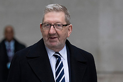 © Licensed to London News Pictures. 26<br /> /01/2020. London, UK. General Secretary of the Unite Union Len McCluskey arrives departs the BBC. Photo credit: George Cracknell Wright/LNP