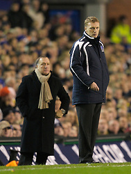 Liverpool, England - Wednesday, December 5, 2007: Everton's manager David Moyes and Zenit St. Petersburg's manager Dick Advocaat during the UEFA Cup Group A match at Goodison Park. (Photo by David Rawcliffe/Propaganda)