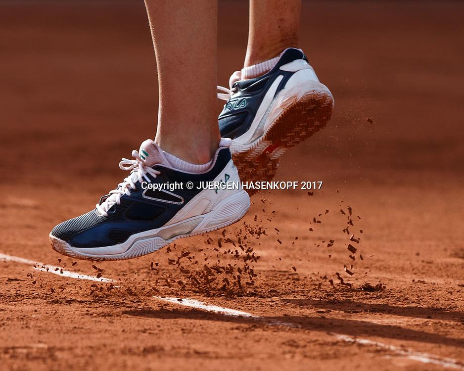 Fuesse,Schuhe von KAROLINA PLISKOVA (CZE) beim Absprung,<br /> <br /> Tennis - French Open 2017 - Grand Slam / ATP / WTA / ITF -  Roland Garros - Paris -  - France  - 8 June 2017.