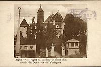 Zagreb 1861. : Pogled na katedralu iz Vlaške ulice = Ansicht des Domes von der Vlaškagasse. <br /> <br /> ImpresumS. l. : S. n., [1931].<br /> Materijalni opis1 razglednica : tisak ; 8,8 x 14 cm.<br /> Vrstavizualna građa • razglednice<br /> ZbirkaGrafička zbirka NSK • Zbirka razglednica<br /> Formatimage/jpeg<br /> PredmetZagreb –– Kaptol<br /> Katedrala Uznesenja Marijina (Zagreb)<br /> SignaturaRZG-KAP-50<br /> Obuhvat(vremenski)20. stoljeće<br /> NapomenaRazglednica je putovala 1931. godine.<br /> PravaJavno dobro<br /> Identifikatori000955544<br /> NBN.HRNBN: urn:nbn:hr:238:753371 <br /> <br /> Izvor: Digitalne zbirke Nacionalne i sveučilišne knjižnice u Zagrebu