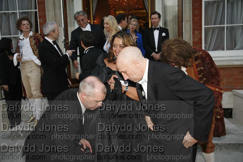 Neil Tennant, Zaha Hadid and Brian Clarke Ark Gala Dinner, Marlborough House, London. 5 May 2006. ONE TIME USE ONLY - DO NOT ARCHIVE  © Copyright Photograph by Dafydd Jones 66 Stockwell Park Rd. London SW9 0DA Tel 020 7733 0108 www.dafjones.com