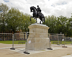 © Licensed to London News Pictures. FILE PICTURE dated 13/07/2012 of the King William III statue in Queen's Square, Bristol, UK. A mysterious art work of yellow spikes has appeared on the statue of King William III in Bristol's Queen's Square, 01/12/2016. It is not known who has placed it there or what it means. Bristol is known for its public and street art. Photo credit : Simon Chapman/LNP