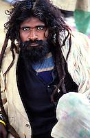 Pakistan - La fête des soufis - Province du Sind et du Balouchistan - Pélerinage soufi de Lahoot - Malang, Soufi, Derviche trois noms pour designer les adeptes de ce courant mystique de l'Islam // Pakistan, Sind, sufi pilgrimage of Lahoot