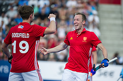 England's Barry Middleton celebrates scoring. England v Argentina - Hockey World League Semi Final, Lee Valley Hockey and Tennis Centre, London, United Kingdom on 18 June 2017. Photo: Simon Parker