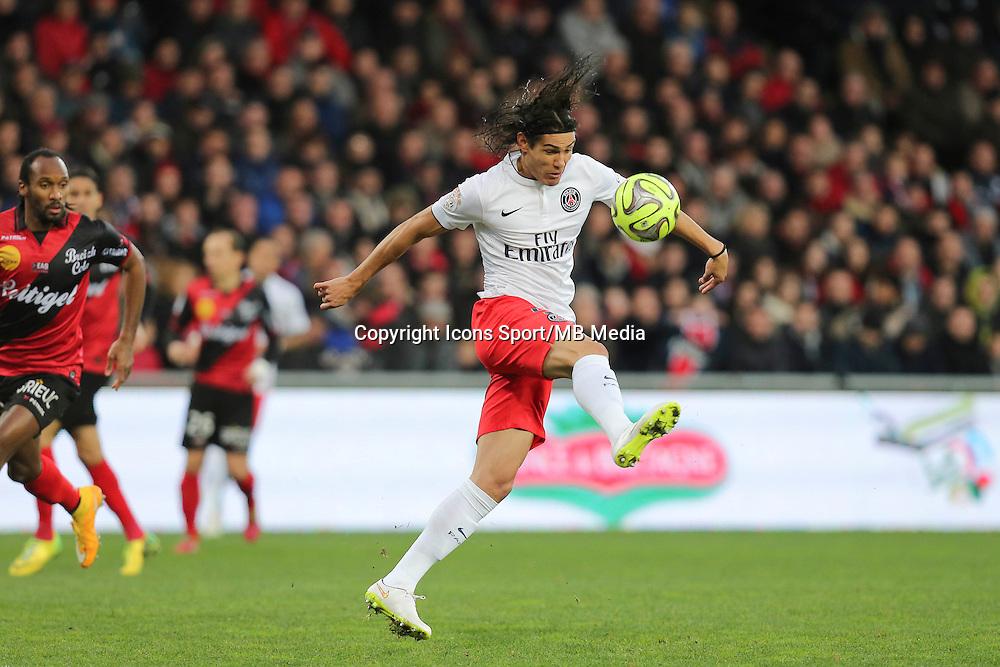 Edinson CAVANI - 14.12.2014 - Guingamp / Paris Saint Germain - 18eme journee de Ligue 1<br />Photo : Vincent Michel / Icon Sport
