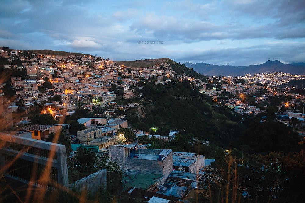 TEGUCIGALPA, HONDURAS - NOVEMBER 12, 2013: Landscape in Torocagua neighborhood of on the outskirt of Tegucigalpa, Honduras. Honduras will hold general elections on November 24. CREDIT: Rodrigo Cruz for The New York Times