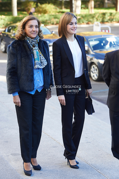 Queen Letizia of Spain attends a Seminar on Assistance Nutrigenomics at CSIC on November 30, 2015 in Madrid