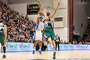 DESCRIZIONE : Eurolega Euroleague 2014/15 Gir.A Dinamo Banco di Sardegna Sassari - Zalgiris Kaunas<br /> GIOCATORE : Edgar Sosa<br /> CATEGORIA : Tiro Tre Punti Three Point<br /> SQUADRA : Dinamo Banco di Sardegna Sassari<br /> EVENTO : Eurolega Euroleague 2014/2015<br /> GARA : Dinamo Banco di Sardegna Sassari - Zalgiris Kaunas<br /> DATA : 14/11/2014<br /> SPORT : Pallacanestro <br /> AUTORE : Agenzia Ciamillo-Castoria / Claudio Atzori<br /> Galleria : Eurolega Euroleague 2014/2015<br /> Fotonotizia : Eurolega Euroleague 2014/15 Gir.A Dinamo Banco di Sardegna Sassari - Zalgiris Kaunas<br /> Predefinita :AUTORE : Agenzia Ciamillo-Castoria/C.Atzori