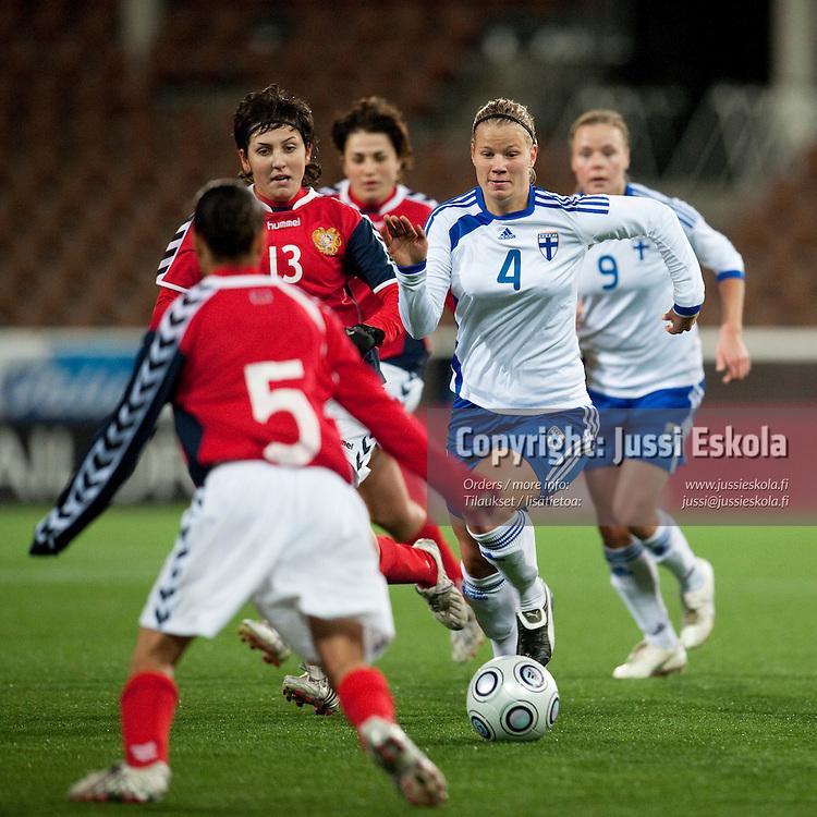 Maija Saari. Suomi - Armenia. Naisten maajoukkue. MM-karsintaottelu. Helsinki 21.11.2009. Photo: Jussi Eskola