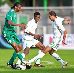 25.05.2010, Alpenstadion, Wattens, AUT, FIFA Worldcup Vorbereitung, Testspiel Nigeria (NGA) vs Saudi Arabien (KSA), im Bild Nwankwo Kanu ( NGA #4 ) vs Osama Hawsawi Abdul ( KSA #3 ) und Al Fraidi Ammed Mohammed ( KSA #17 ). EXPA Pictures © 2010, PhotoCredit: EXPA/ J. Groder / SPORTIDA PHOTO AGENCY