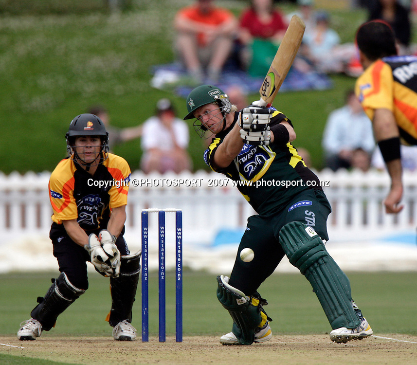 The Stags Brendon Diamanti in Twenty20 cricket action between the Central Stags and Wellington Firebirds at the Basin Reserve, Wellington, Friday 26 January, 2007.    Photo:  Anthony Phelps/PHOTOSPORT