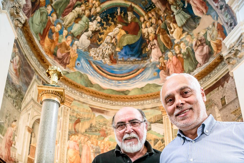 09 SEP 2015 - Spoleto (PG) - Paolo Virilli e Sergio Fusetti (occhiali), Tecnireco. Al Duomo di Spoleto. L'abside restaurata.