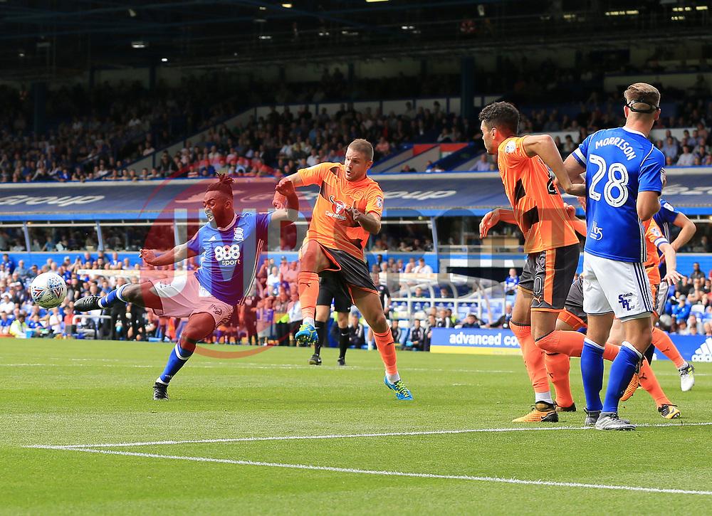 Jacques Maghoma of Birmingham City shoots as Joey van den Berg of Reading tries to block - Mandatory by-line: Paul Roberts/JMP - 26/08/2017 - FOOTBALL - St Andrew's Stadium - Birmingham, England - Birmingham City v Reading - Sky Bet Championship