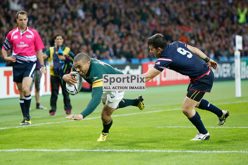 LONDON, ENGLAND - OCTOBER 7:  Bryan Habana of South Africa scoring to beat Jonah Lomu's world cup try record of 15 try's during the 2015 Rugby World Cup Pool B match between South Africa and USA at The Stadium, Queen Elizabeth Olympic Park on October 7, 2015 in London, England. (Credit: SAM TODD | SportPix.org.uk)