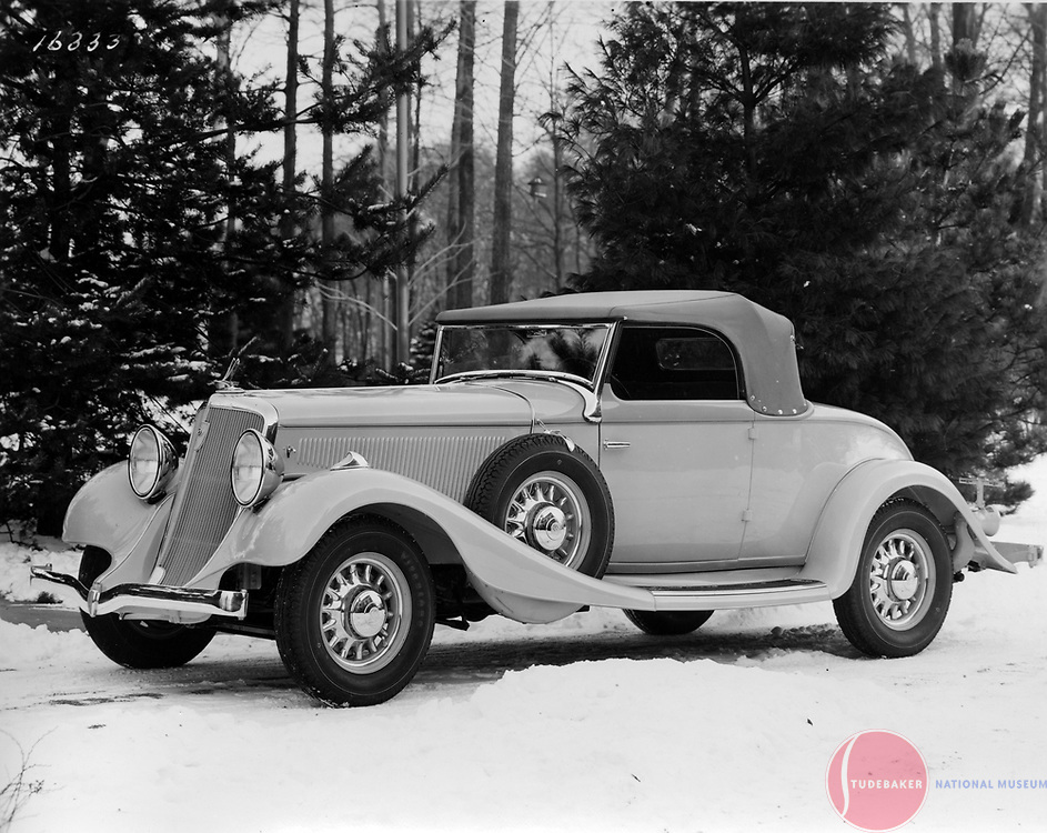 Factory promotional image of a 1933 Studebaker President Convertible Coupe.