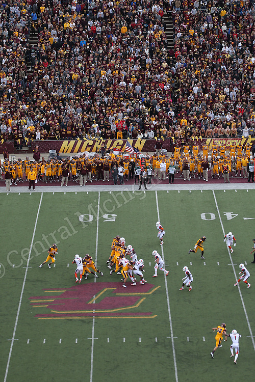 Syracuse vs. CMU football on Saturday September 13, 2014. Photo by Steve Jessmore/Central Michigan University