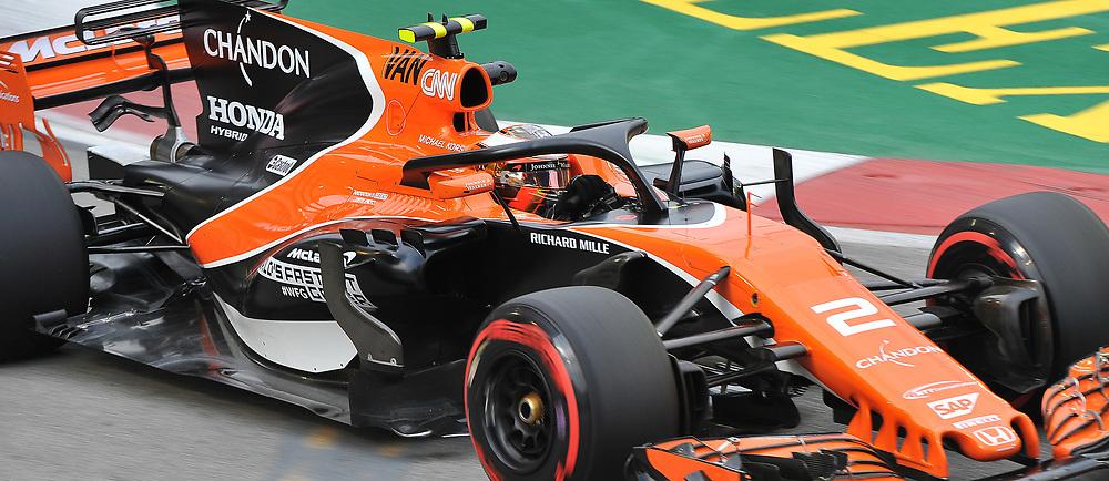Stoffel Vandoorne, McLaren Honda Formula 1 Team.<br /> Day 2 of the 2017 Formula 1 Singapore Airlines, Singapore Grand Prix held at The Marina Bay street circuit, Singapore on the 15th September 2017.<br /> Wayne Neal | SportPix.org.uk