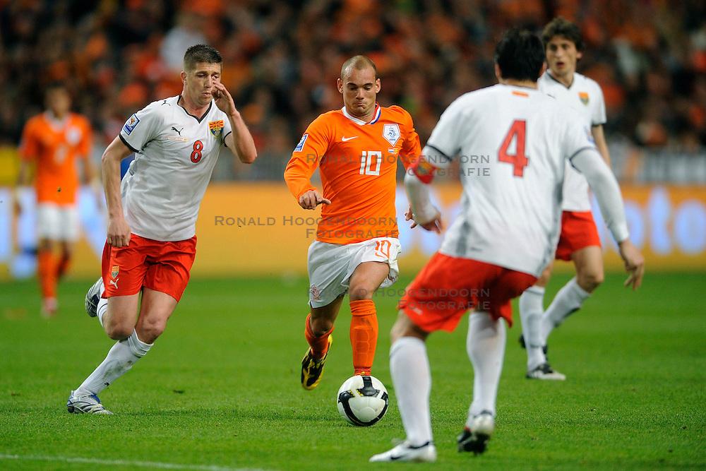 01-04-2009 VOETBAL: WK KWALIFICATIE NEDERLAND - MACEDONIE: AMSTERDAM<br /> Nederland wint met 4-0 van Macedonie / Wesley Sneijder<br /> &copy;2009-WWW.FOTOHOOGENDOORN.NL