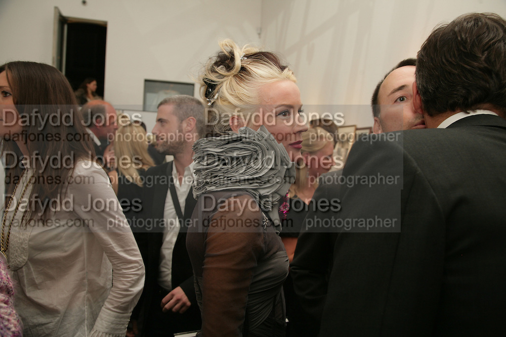 Daphne Guinness, Michael Roberts - book launch party hosted by Vanity Fair to celebrate  publication, Shot In Sicily. Hamiltons Gallery, 13 Carlos Place, London,17 September 2007. -DO NOT ARCHIVE-© Copyright Photograph by Dafydd Jones. 248 Clapham Rd. London SW9 0PZ. Tel 0207 820 0771. www.dafjones.com.