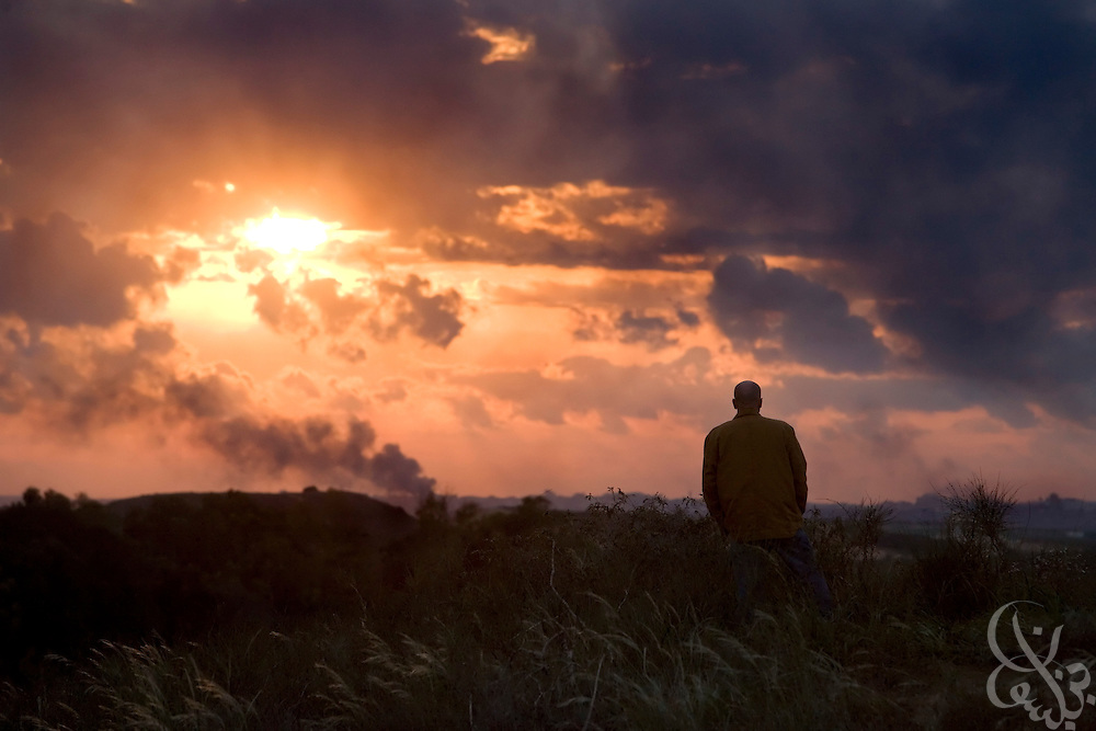 "Samuel J. Wurzelbacher, better known as ""Joe the Plumber"", watches the battle in nearby Gaza from  atop a hill overlooking the battlefield January 11, 2009 near Sderot, Israel. Wurzelbacher, who rose to fame during the 2008 election after questioning then presidential candidate Barack Obama about his tax plan, is in the region for about 10 days  to report for the conservative web site Pajamas TV (www.pjtv.com.)"