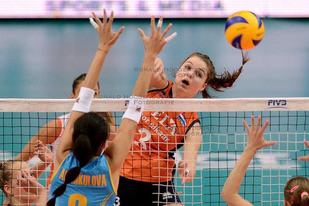 23-09-2014 ITA: World Championship Nederland - Kazachstan, Verona<br /> Nederland wint de opening wedstrijd met 3-0 / Yvon Beliën