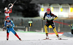 04.01.2012, DKB-Ski-ARENA, Oberhof, GER, E.ON IBU Weltcup Biathlon 2012, Staffel Frauen, im Bild Sabrina Buchholz (re./GER) kommt vom Schiessstand .// during relay Ladies of E.ON IBU World Cup Biathlon, Thüringen, Germany on 2012/01/04. EXPA Pictures © 2012, PhotoCredit: EXPA/ nph/ Hessland..***** ATTENTION - OUT OF GER, CRO *****