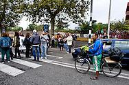 Roma 10 Ottobre 2013<br /> Manifestazione dei cittadini e delle Associazioni  Magliana Viva, e Magliana senza Nomadi, contro il campo rom situato sotto il ponte di via della Magliana. I manifestanti chiedono lo sgombero del campo rom e la bonifica ambientale della zona.I manifestanti bloccano Via della Magliana<br /> Rome October 10, 2013<br /> Manifestation of citizens and associations  Magliana Viva and Magliana without Nomads, against the Roma camp located under the bridge off the Magliana. The protesters called for the eviction of the Roma camp and the environmental cleanup of the area. Protesters block Via della Magliana