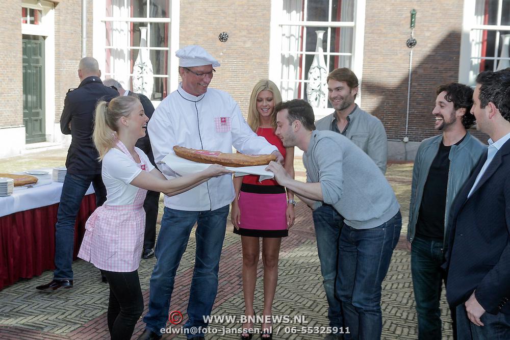NLD/Amsterdam/20120326 - Photocall film American Pie : The Reunion, with Sean William Scott, Thomas Ian Nicholas, Tara Reid, Eddie Kaye, John Hurwitz and Hayden Schlossenberg