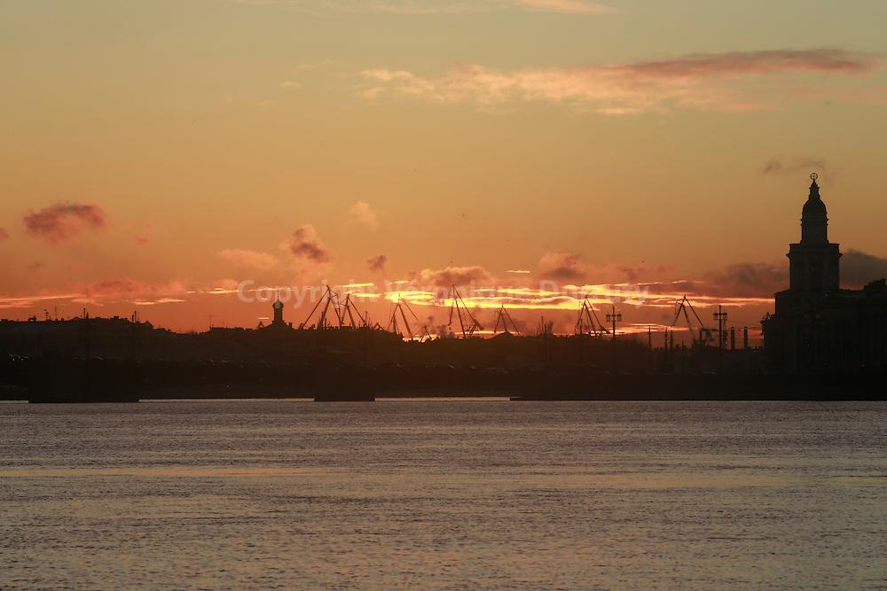 St Petersburg Harbour, Russia // Le port de St Petersbourg sur la mer baltique, Russie