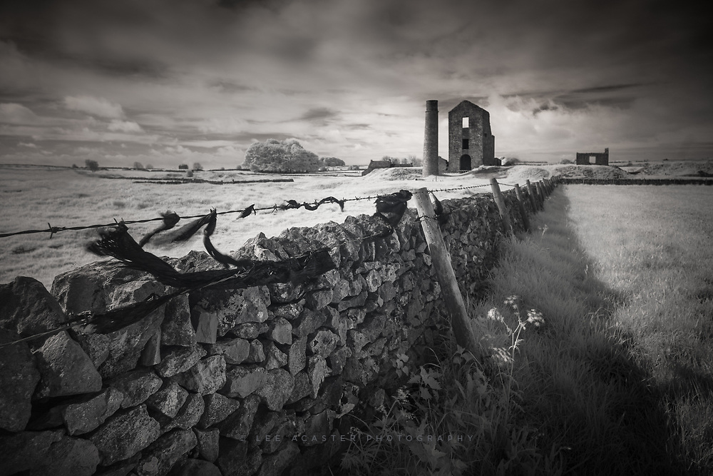 Had an hour to spare in the Peak District at the weekend so took a walk up to Magpie Mine just outside Bakewell
