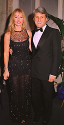 MR & MRS ANTHONY COOMBS he is the former MP at a dinner in London on 22nd September 1998.MKE 49