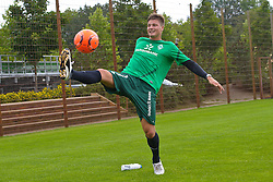 14.07.2011, Platz5, Bremen, GER, 1.FBL, Reha Training Werder Bremen, im Bild Sebastian Prödl / Proedl ( Werder #15) bei der Ballannahme // during the trainings session on 2011/07/14.  // during trainingsession from Werder Bremen 2011/07/03    EXPA Pictures © 2011, PhotoCredit: EXPA/ nph/  Kokenge       ****** out of GER / CRO  / BEL ******