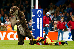 'Grandad' takes part in the Otter Challenge at Half Time  - Mandatory by-line: Ryan Hiscott/JMP - 03/11/2018 - RUGBY - Sandy Park Stadium - Exeter, England - Exeter Chiefs v Bath Rugby - Premiership Rugby Cup