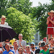 Nederland, Utrecht, 09-06-2015 Spectators along the track of the first stage of the Tour de France / Grand Depart. Foto: Gerard Til / Hollandse Hoogte