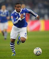 FUSSBALL   1. BUNDESLIGA   SAISON 2011/2012   20. SPIELTAG FC Schalke 04 - FSV Mainz 05                                  04.02.2012 Jefferson Farfan (FC Schalke 04) Einzelaktion am Ball