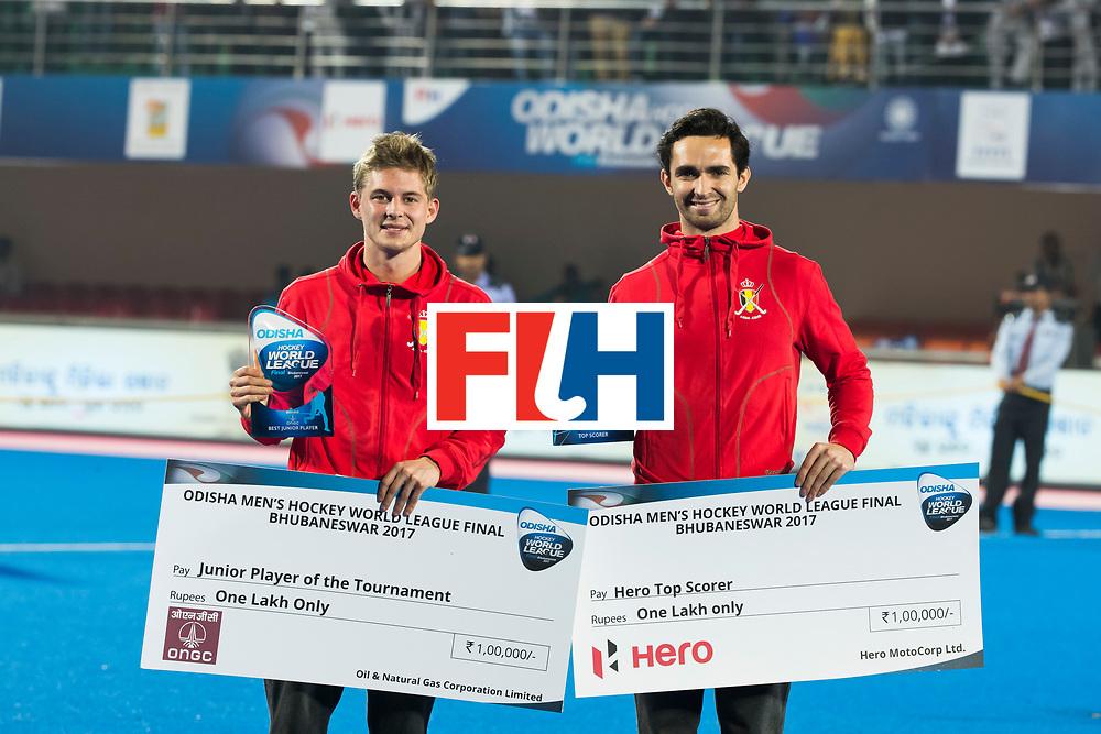 BHUBANESWAR - Victor Wegnez (Bel) met Loick Luypaert (Bel)  Hockey World League finals , Final Australia-Argentina (2-1) . Australia wint de finale. COPYRIGHT KOEN SUYK