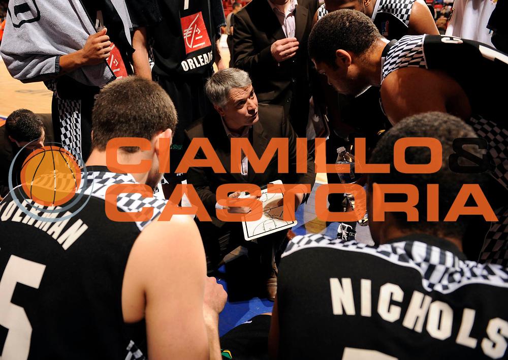 DESCRIZIONE : Ligue France Pro A Msb Le Mans Orleans<br /> GIOCATORE : Herve Philippe Coach<br /> SQUADRA : Orleans <br /> EVENTO : FRANCE Ligue  Pro A 2009-2010<br /> GARA : Le Mans Orleans<br /> DATA : 23/01/2010<br /> CATEGORIA : Basketball Pro A Action<br /> SPORT : Basketball<br /> AUTORE : JF Molliere par Agenzia Ciamillo-Castoria <br /> Galleria : France Ligue Pro A 2009-2010 <br /> Fotonotizia : Diot Antoine Photographie Magazine Ligue France 2009-10 Msb Le Mans <br /> Predefinita :