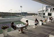 Rafa Nadal Academy in Manacor, Mallorca, Restaurant Terrasse mit Blick auf den Centre Court, im Hintergrund die Schule,<br /> <br />  - Rafa Nadal Academy -  -  Rafa Nadal Academy - Manacor - Mallorca - Spanien  - 24 October 2016. <br /> &copy; Juergen Hasenkopf