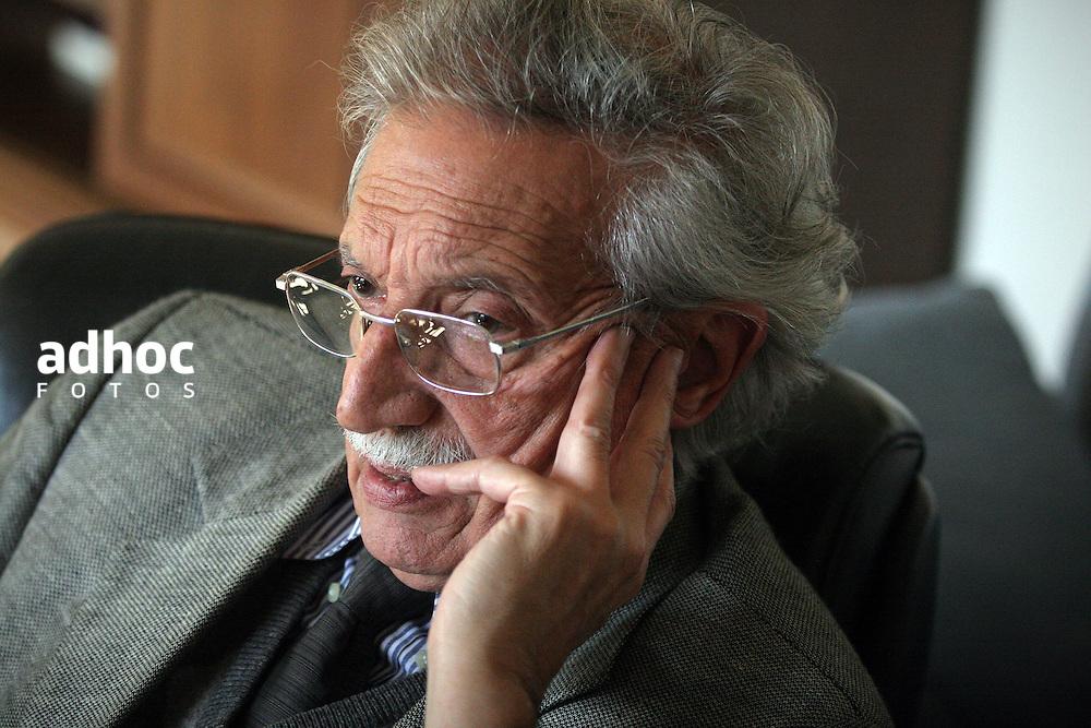 Mariano Arana. Montevideo, 2007.<br /> URUGUAY / MONTEVIDEO / <br /> Foto: Ricardo Ant&uacute;nez / AdhocFotos<br /> www.adhocfotos.com