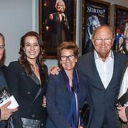 NLD/Amsterdam/20160203 - Premiere Simone, Ernst Daniel Smid, Henk Poort en partner Marjolein Keuning, Joop van der Ende en partner Janine Klijburg