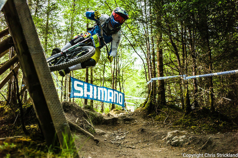 Nevis Range, Fort William, Scotland, UK. 4th June 2016. Federico Monzoni of Italy in action on the wall. The worlds leading mountain bikers descend on Fort William for the UCI World Cup on Nevis Range.