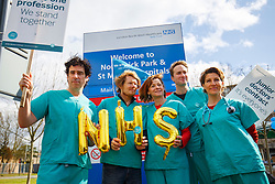 © Licensed to London News Pictures. 06/04/2016. London, UK. Cast of 'Green Wing' sitcom Stephen Mangan, Julian Rhind-Tutt, Pippa Haywood, Oliver Chris and Tamsin Greig join junior doctors of Northwick Park Hospital in north London at their picket line as junior doctors in England start the forth 48-hours strike in a dispute over pay, working hours and patient safety on Wednesday, 6 April 2016. Photo credit: Tolga Akmen/LNP