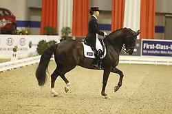 KASPRZAK Anna, Donnperignon<br /> Bremen Euroclassics Pferdefestival - 2012<br /> (c) www.sportfotos-Lafrentz. de/Stefan Lafrentz