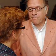 NLD/Almere/20070427 - Boekpresentatie 40 Jaar Topamusement van Guus Verstraete, Hans van Veggel, Deken van Orde van Advocaten