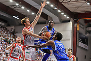 DESCRIZIONE : Campionato 2014/15 Serie A Beko Dinamo Banco di Sardegna Sassari - Grissin Bon Reggio Emilia Finale Playoff Gara6<br /> GIOCATORE : Rakim Sanders<br /> CATEGORIA : Passaggio Penetrazione<br /> SQUADRA : Dinamo Banco di Sardegna Sassari<br /> EVENTO : LegaBasket Serie A Beko 2014/2015<br /> GARA : Dinamo Banco di Sardegna Sassari - Grissin Bon Reggio Emilia Finale Playoff Gara6<br /> DATA : 24/06/2015<br /> SPORT : Pallacanestro <br /> AUTORE : Agenzia Ciamillo-Castoria/C.Atzori