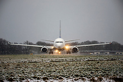 © Licensed to London News Pictures. 17/03/2018. Leeds UK. A Ryan Air aircraft prepares for take off in the snow at Leeds Bradford airport this morning as the Beast from the East 2 start's to batter Britain. Photo credit: Andrew McCaren/LNP
