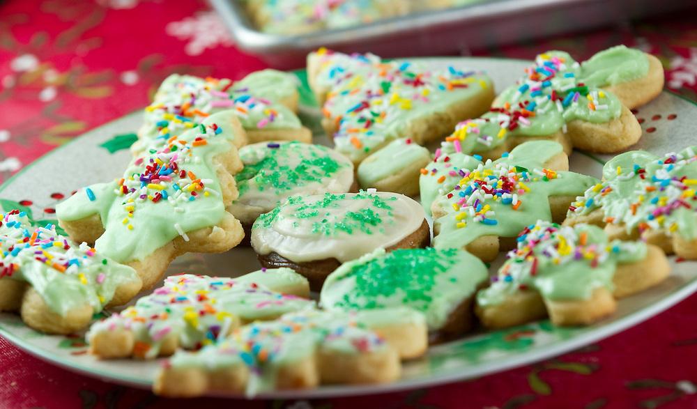 Norfolk, Ontario ---11-12-17--- Margaret Driedger, 83, bakes nearly 500 Christmas cookies each year in her Norfolk, Ontario Home.<br /> GEOFF ROBINS Toronto Star