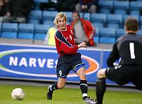 Fotball, 28. april 2004, Privatlandskamp, Norge-Russland,  Morten Gamst Pedersen, Norge