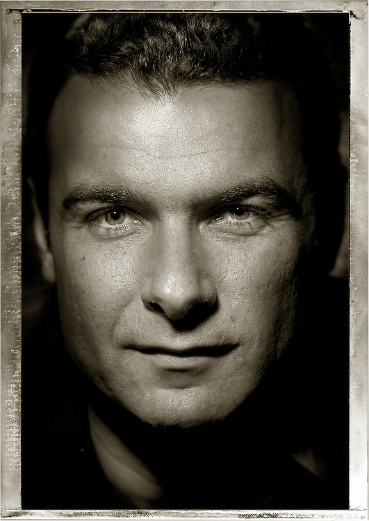 Liev Schreiber - Director <br />